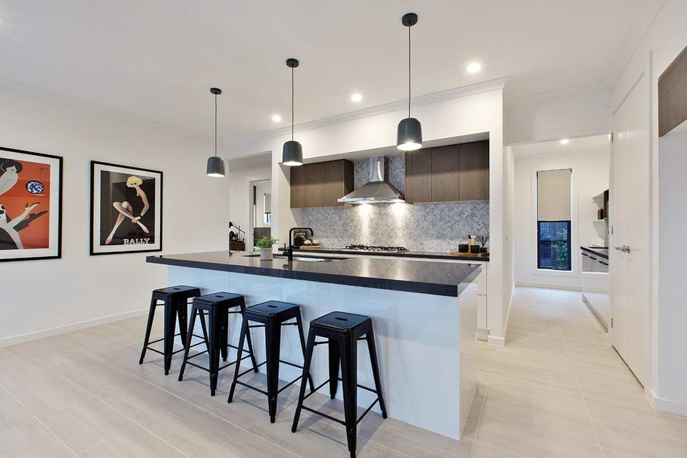Kitchen with Pendant Lamps - plan your electrical layout