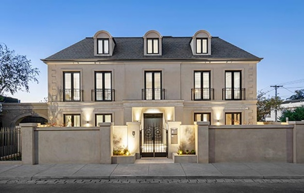 French manor townhouse