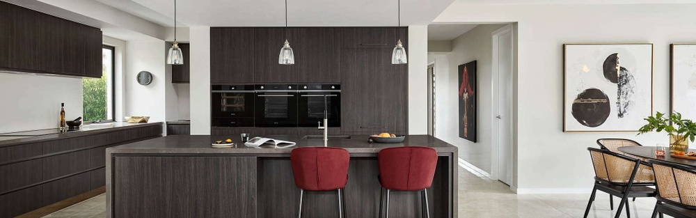 henley homes kitchen with integrated appliances