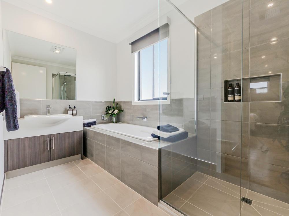 upgrade option shower niche in display home