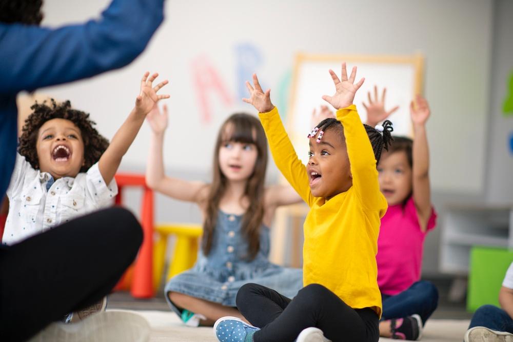 children happy - single parent benefit