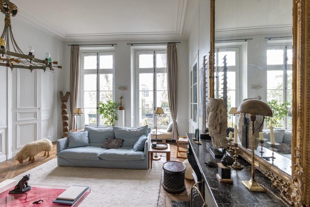 Xavier Eeckhout living room Living with Art