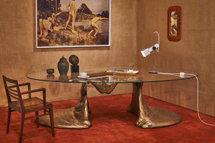 DD_Mises en scene_Cesaer Expansion Table_Install1_Edit_HR1A.jpg