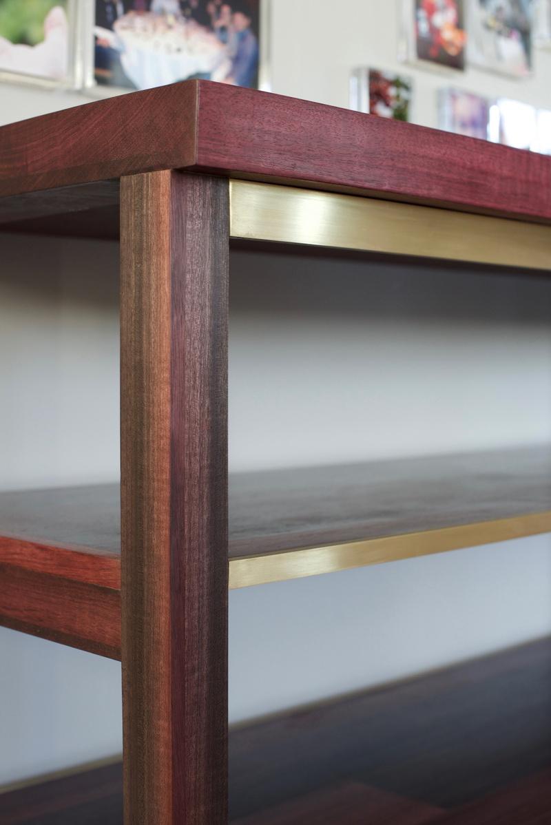 Cocle Shelf Detail Shot.jpg