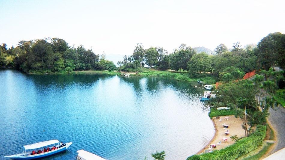 Rwanda Wildlife Luxury Safari