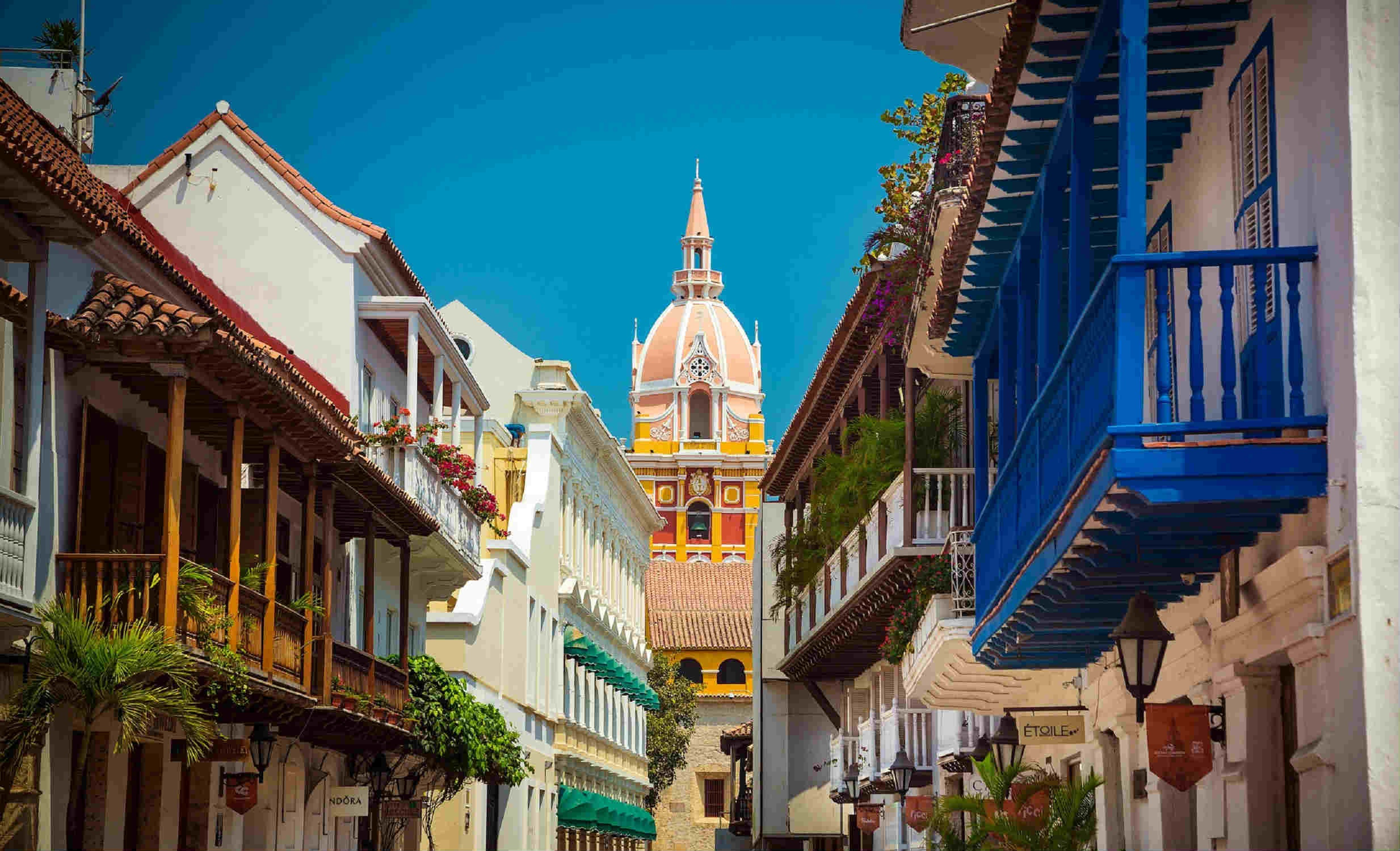Intrepid Colombia Passage – Medellín to Cartagena