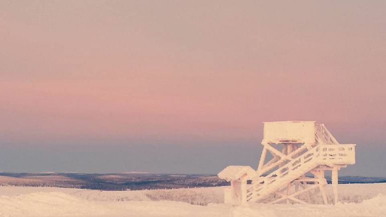 7-Day Nordic Christmas Experience Tour in Finland & Norway
