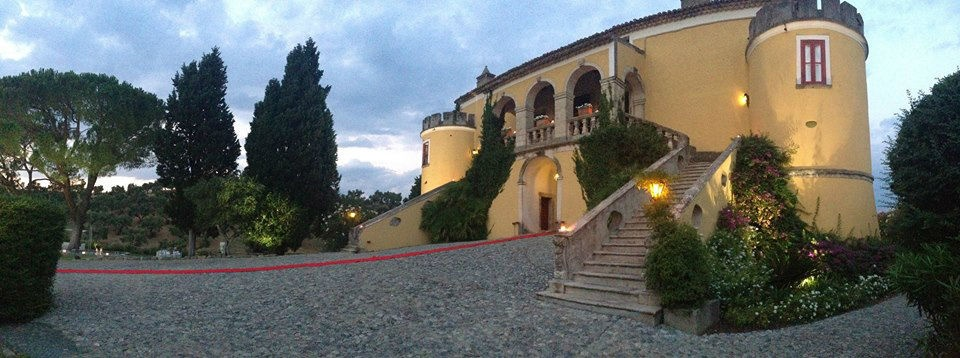 Naturotherapy and Yoga in the Pollino Park, with Stay at the castle  SB16.VV
