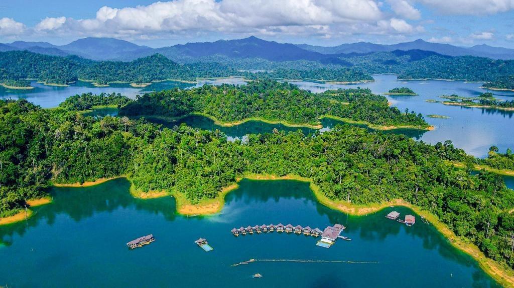 (From) Krabi: 3-Day Cheow Lan Lake Luxury Experience - 500Rai Floating Resort