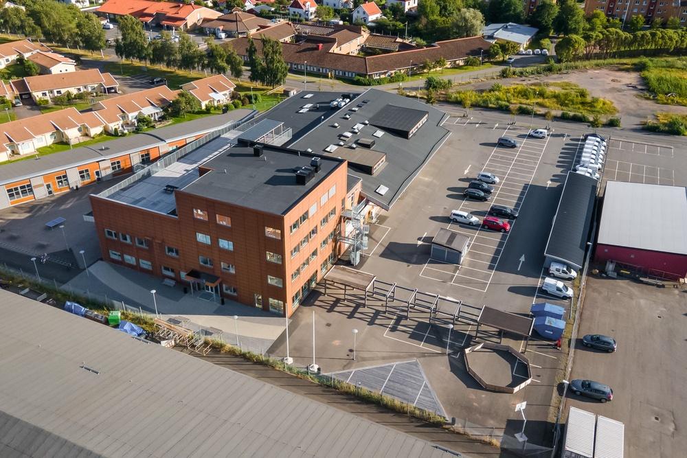 Fastigheten Hammaren 16 i Skövde. Foto: Tango