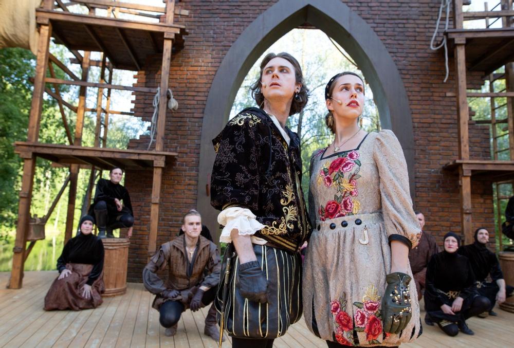 Romeo - Adam Stanišić Stålhammar, Julia - Ana Stålhammar Stanišić Fotograf: Patrick Degerman