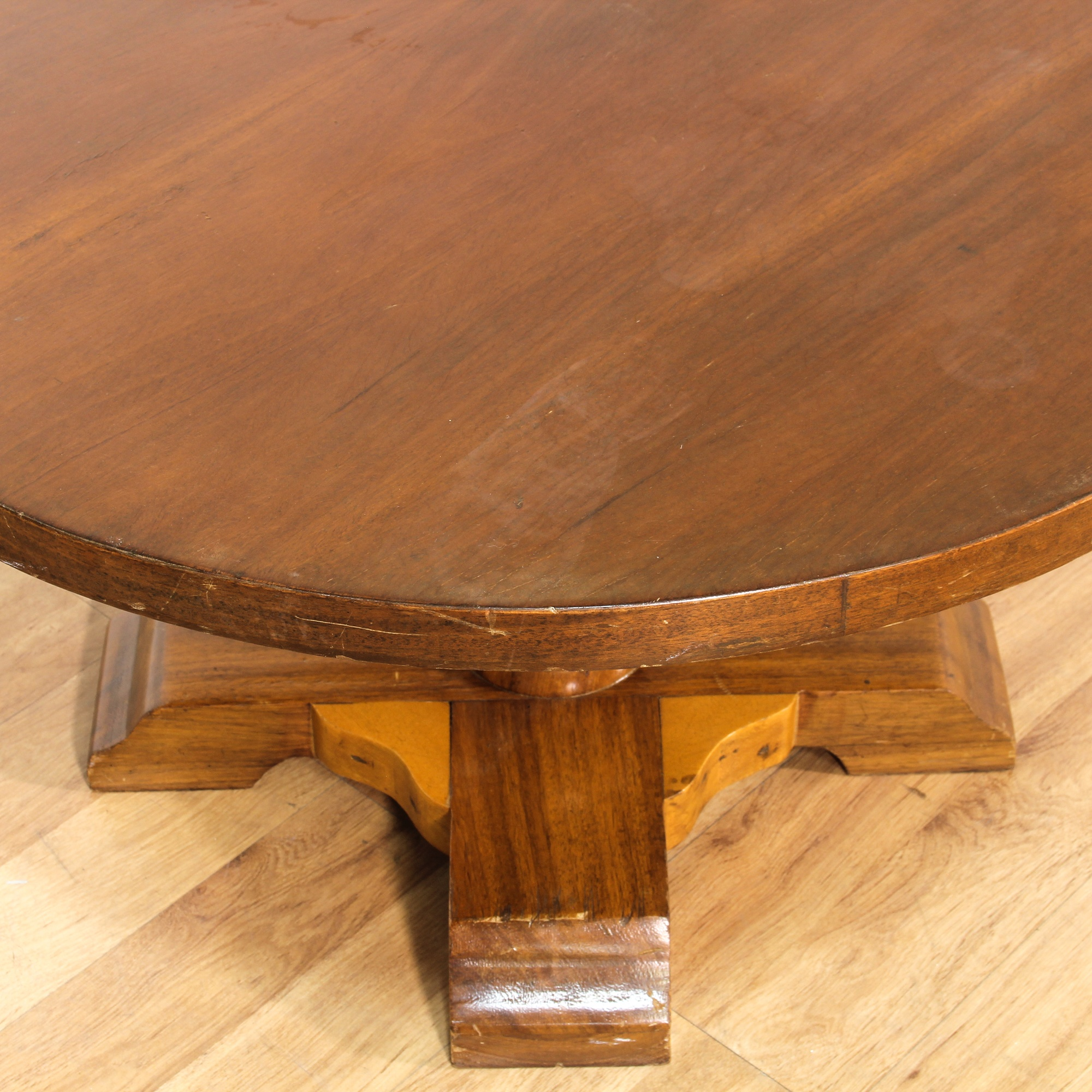round cherry turned pedestal end table loveseat vintage furniture san diego los angeles. Black Bedroom Furniture Sets. Home Design Ideas