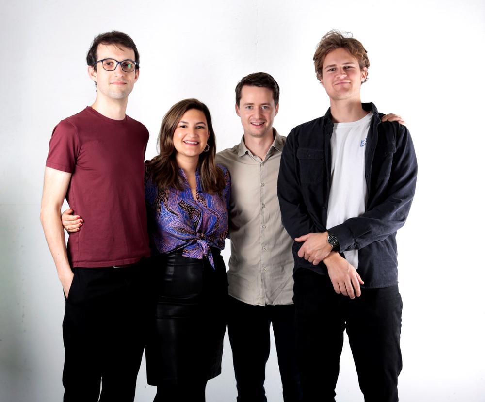 Nicolas Maxant, Isabella Palmgren, Robin Griffiths och Emil Vestman från Mimbly.