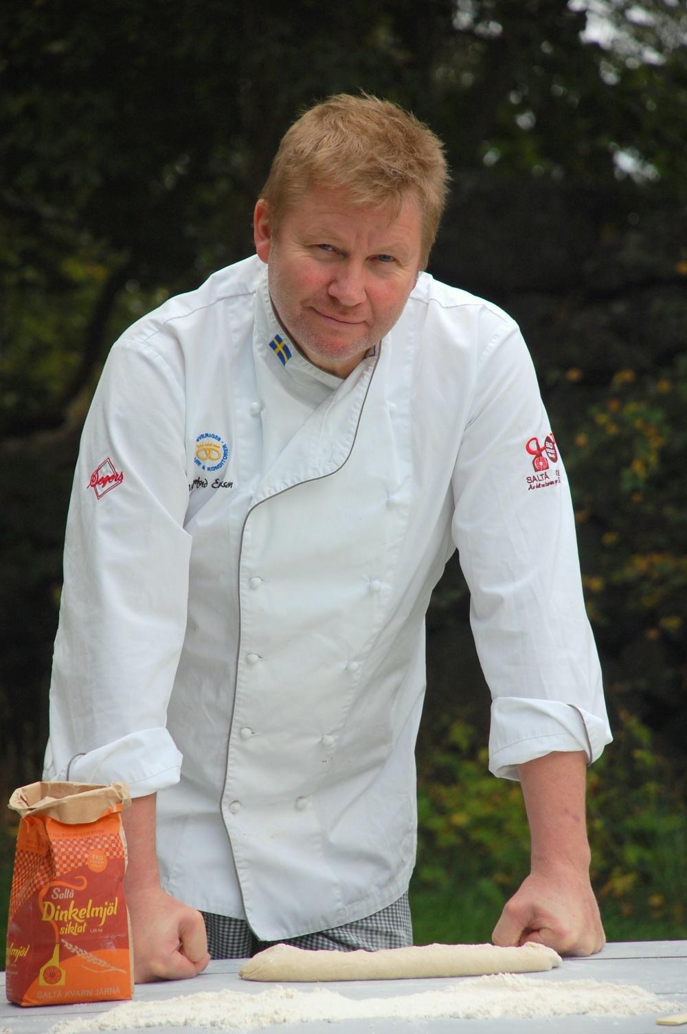 Manfred Enoksson, välkänd bagarprofil och surdegsmästare på Saltå Kvarn.