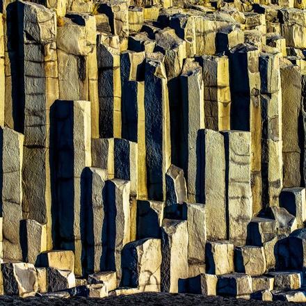 Basalt columns at Vik Beach