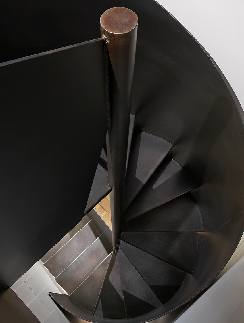escalier B brut recadré.jpg