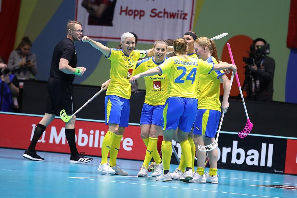 Bild: Svenska damlandslaget innebandy
