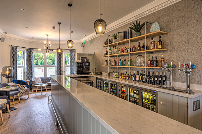 The Hog Lowestoft bar