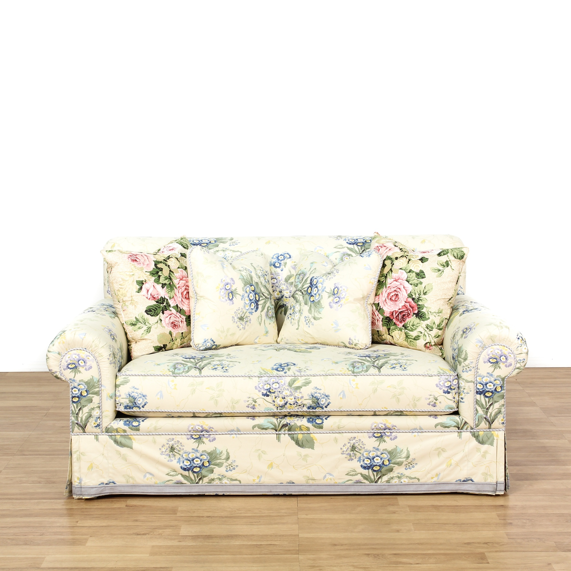 Cottage Chic Floral Upholstered Loveseat Loveseat