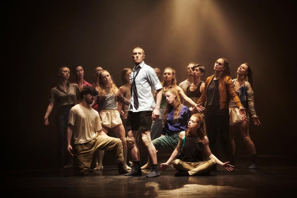 """GöteborgsOperans Danskompani i föreställningen """"Contemporary dance"""" av den hyllade brittiske koreografen Hofesch Shechter. Verket kommer till Dansens Hus i oktober 2020. Foto: Lennart Sjöberg"""