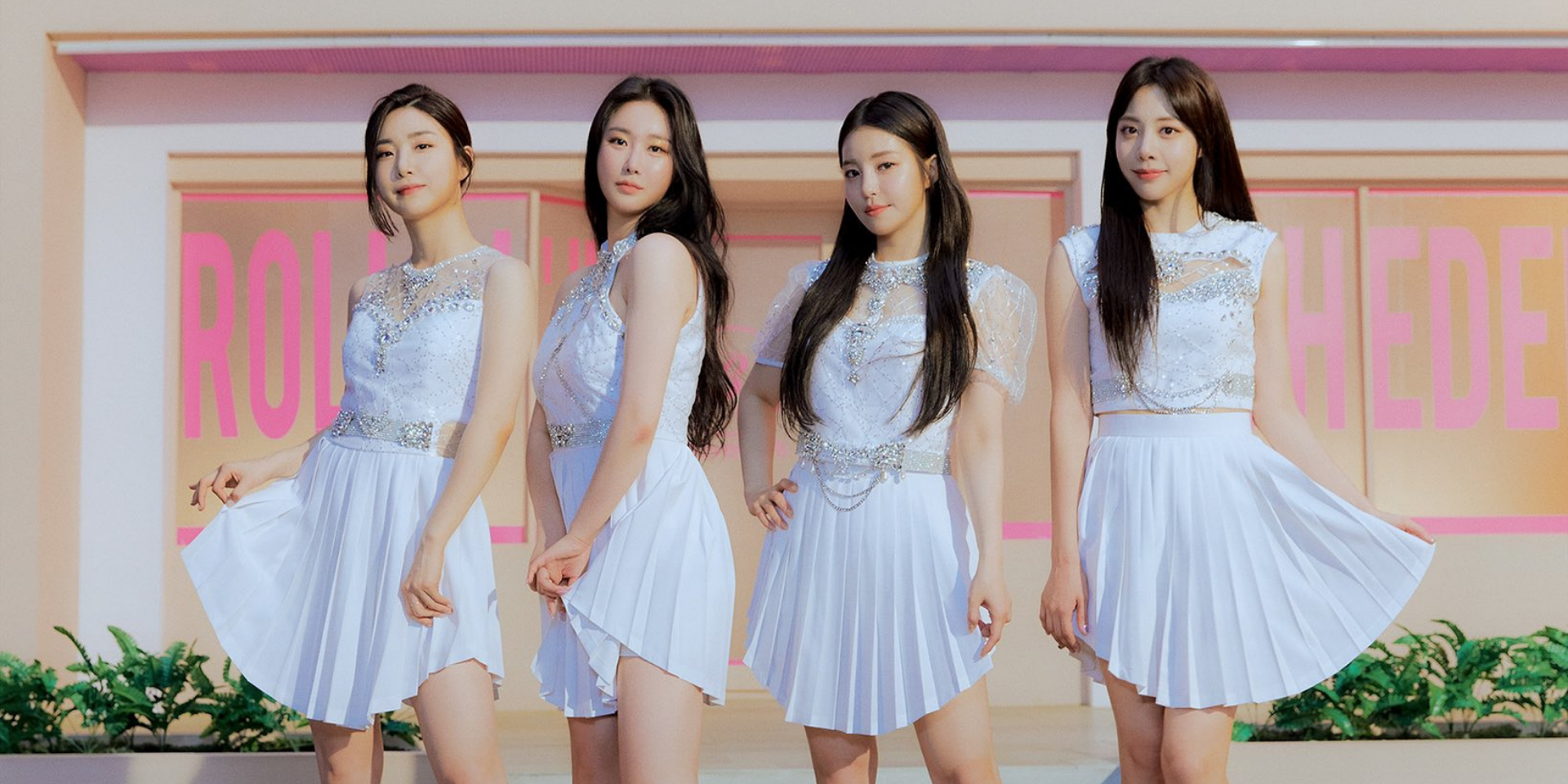Brave Girls to hold their first online and offline fan meeting in 10 years