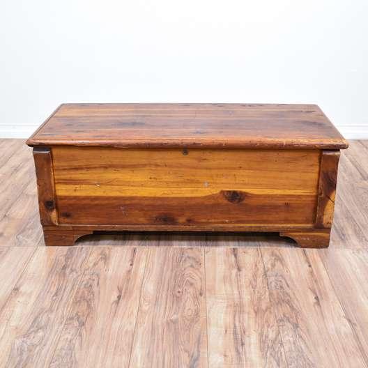 Rustic Cedar Storage Bench Trunk