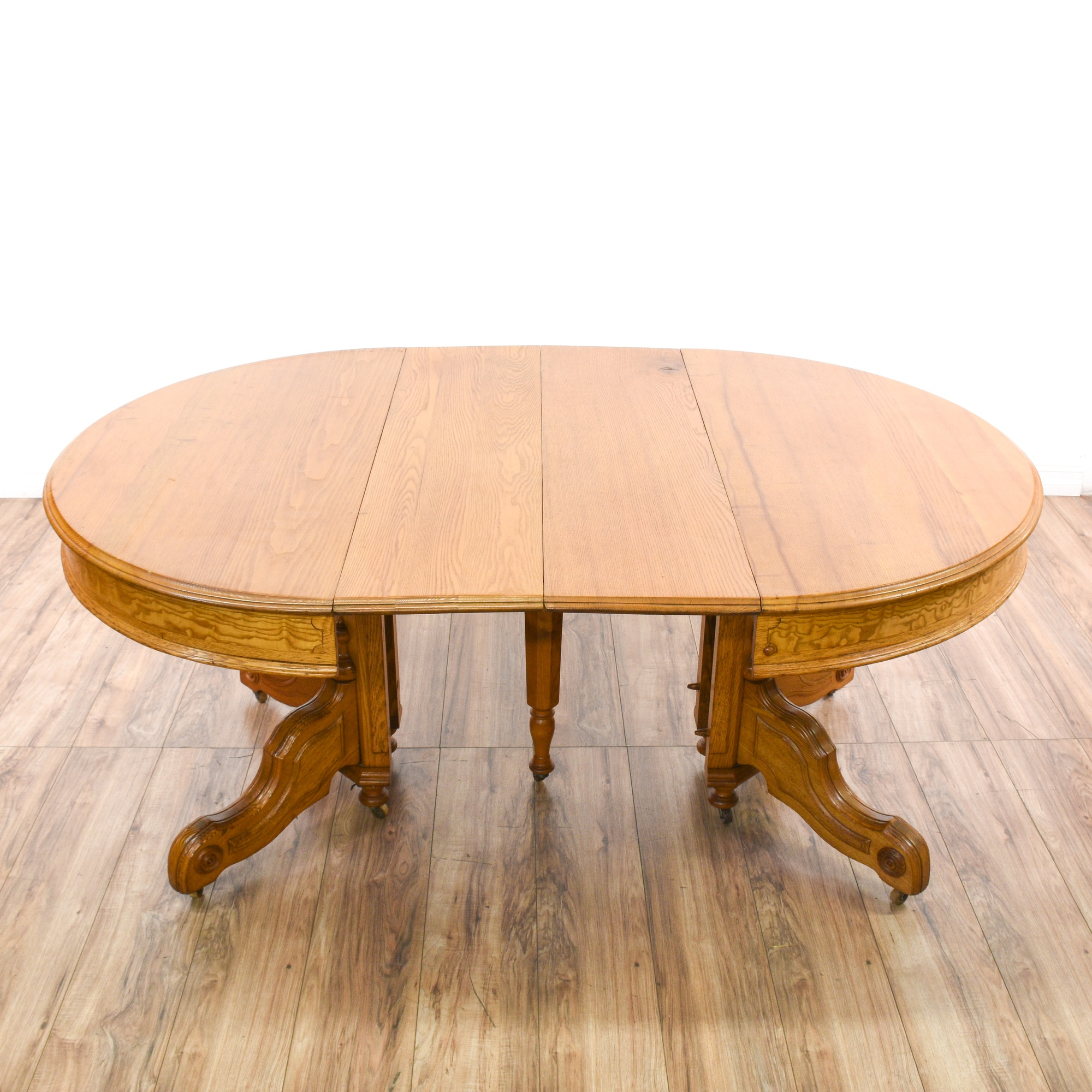 Dining Room Furniture San Diego: Round Light Oak Carved Dining Table W/ 2 Leaves
