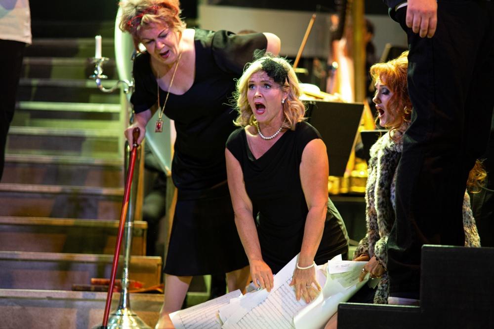 Från Vänster: AnnLouice Lögdlund, Anna-Maria Krawe, Rebecca Fjällsby  Foto: Olle Renklint