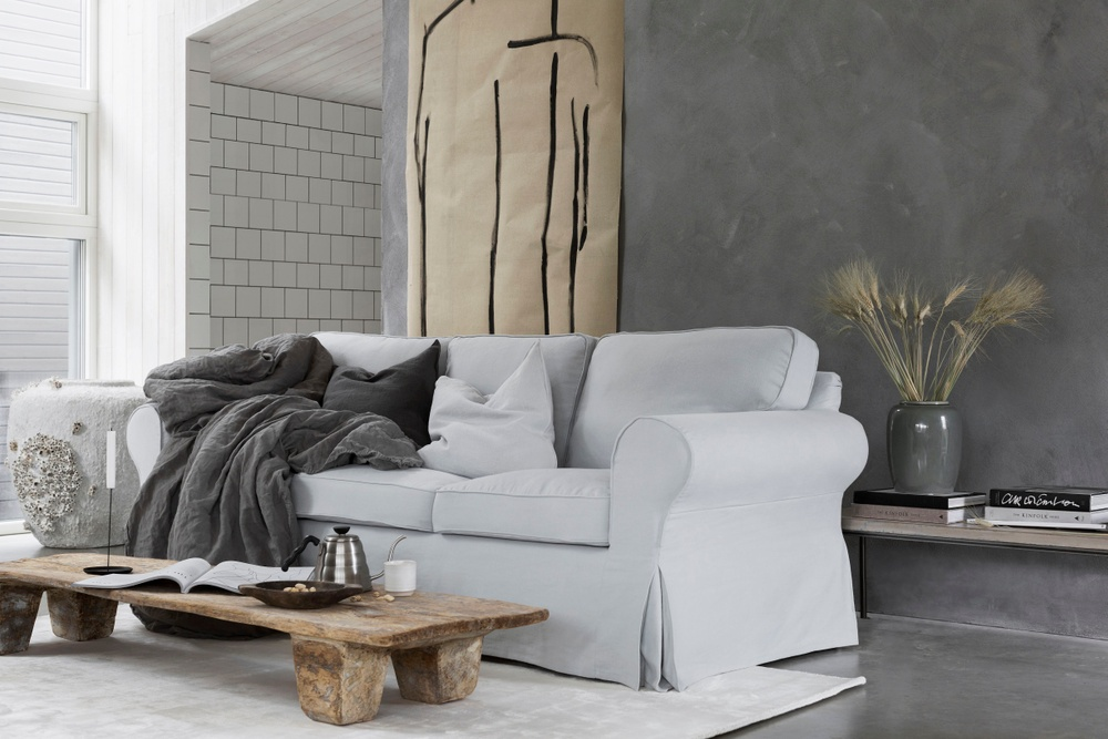 Bemz cover for IKEA Ektorp 3 seater sofa, fabric: Simply Linen Silver Grey. Cushion covers, fabrics: Rosendal Pure Washed Linen Medium Grey and Rosendal Pure Washed Linen Silver Grey.