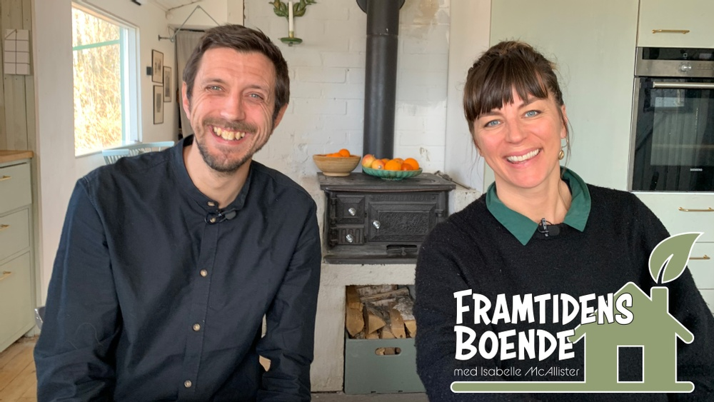 John Helmfridsson, hållbarhetsexpert tillsammans med Isabelle McAllister, programledare.