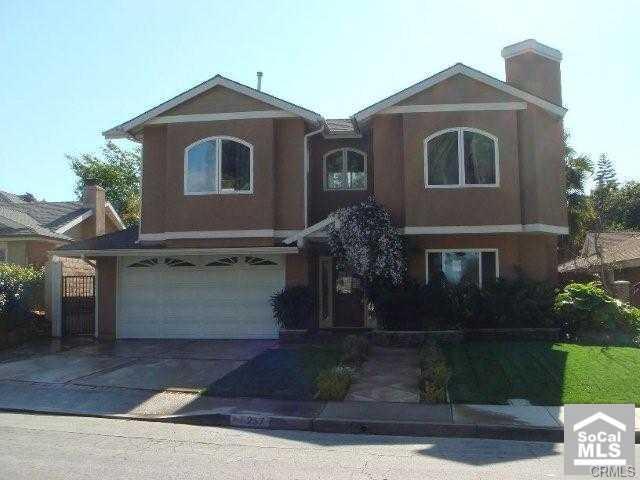 257 Brentwood Street - 700k