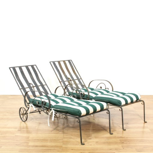 Pair of metal outdoor chaise lounge chairs loveseat for Black metal chaise lounge outdoor