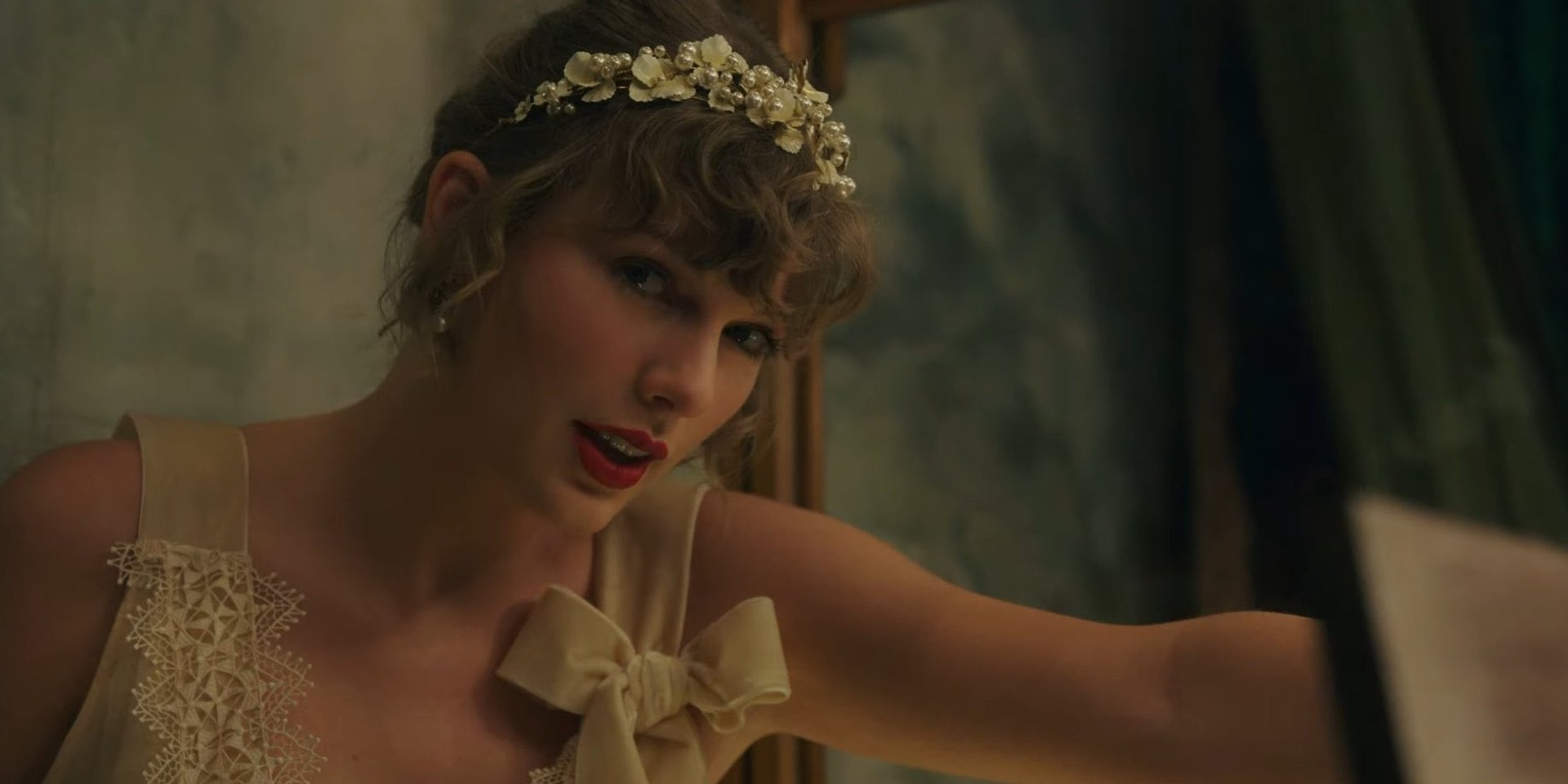 "Taylor Swift releases ""folklore's sister record"" evermore, featuring HAIM, The National, Bon Iver, 'willow' music video – watch"
